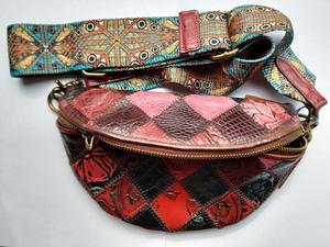 Стильная женская сумка в винтажном стиле с широким ремешком - Изображение #1, Объявление #1707242