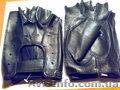 Перчатки без пальцев кожаные