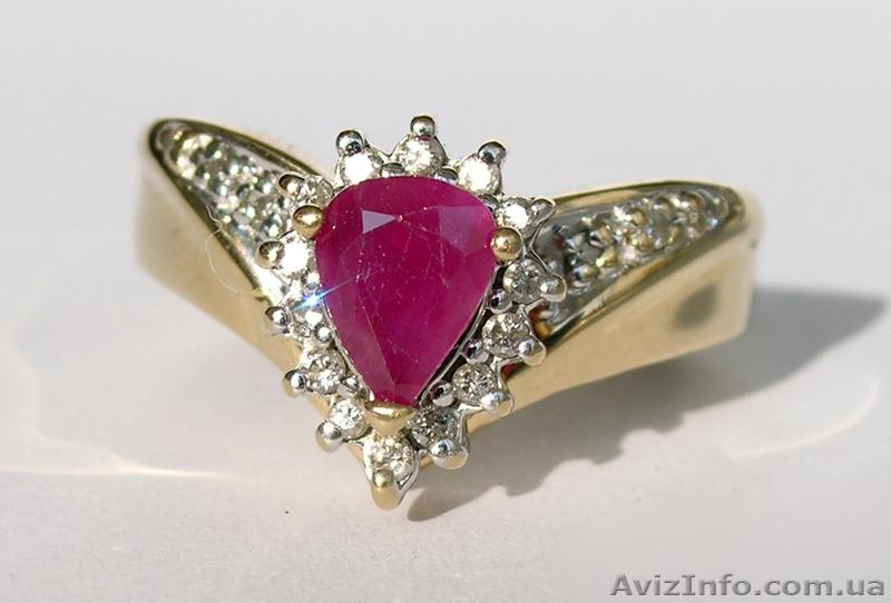 Золотое кольцо с натуральным рубином и