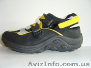 Спортивне взуття та кросівки розпродаж (нова) - Изображение  1 65adba832a3ce