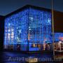 Новогоднее световое оформление фасада магазина, дома, торгового центра