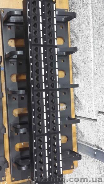 Продам Патч панель UTP кат.5e 48-порт. . 19 2U б/поддержки, черная (