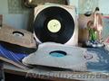 Продам патефон красавец, с чистым  сильным звуком  множеств пластинок  - Изображение #2, Объявление #298361